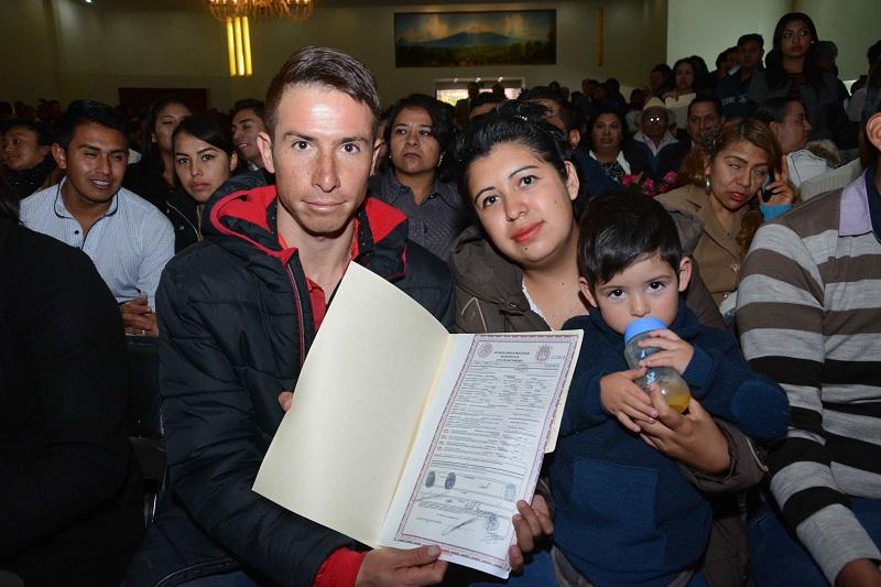"""CONTRAEN NUPCIAS 386 PAREJAS, COMO PARTE DE LA CAMPAÑA GRATUITA """"PARA CONSTRUIR Y CRECER JUNTOS"""""""