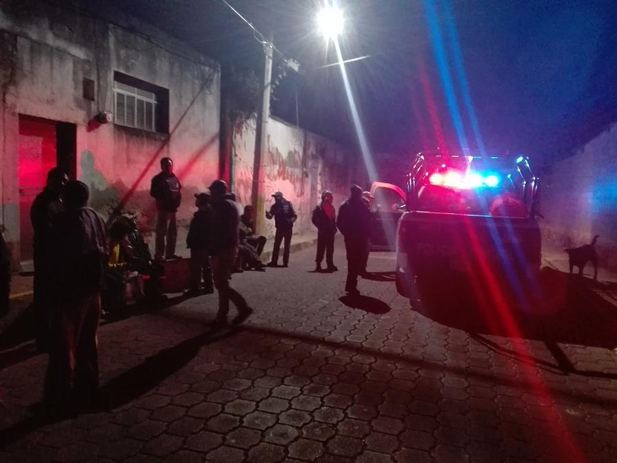 POR NEGLIGENCIA DEL  DIRECTOR DE POLICÍA DE PAPALOTLA  SUS EFECTIVOS  LLEGAN TARDE A  SIMULACRO