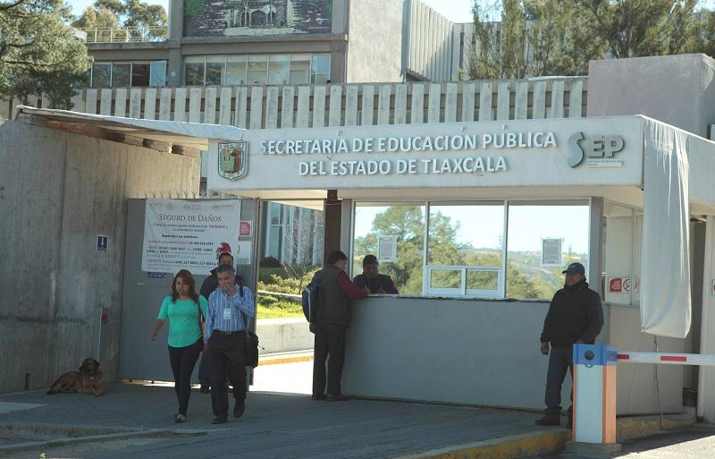 ENTREGARÁ SEPE-USET DESPENSAS NAVIDEÑAS Y PAVOS A TRABAJADORES DE LA EDUCACIÓN