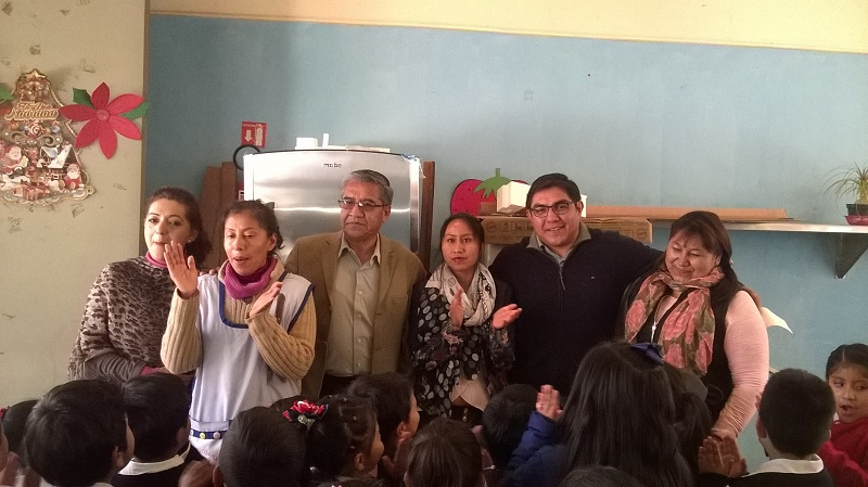 """ENTREGA ALCALDE DE TOTOLAC REFRIGERADOR AL JARDÍN DE NIÑOS """"JUAN ESCUTIA"""" DE LOS REYES QUIAHUIXTLÁN"""