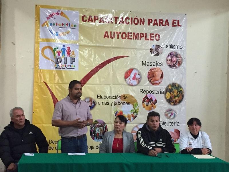 CLAUSURAN APETATITLÁN E ICATLAX  CURSOS PARA MEJORAR CONDICIÓN DE TLAXCALTECAS